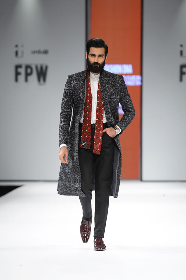 2017 FPW Munib Nawaz Suits Gallery