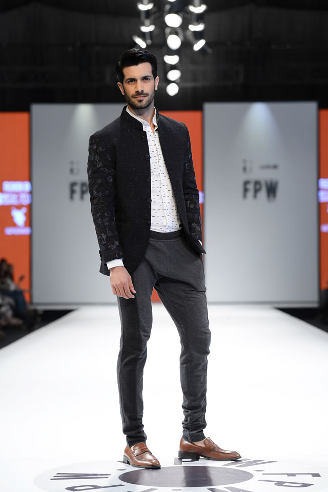 Munib Nawaz Showcased Men's Wear Collection FPW17
