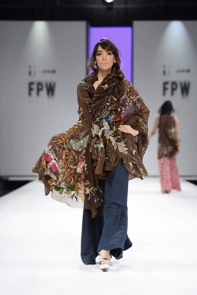 Nida Azwer Luxury Pret Collection at FPW S/S'17