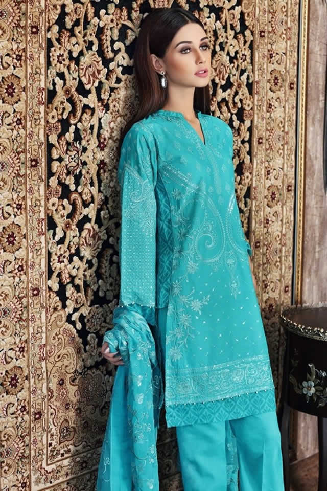 Gul Ahmed Summer Lawn Dresses collection 2017 Photos