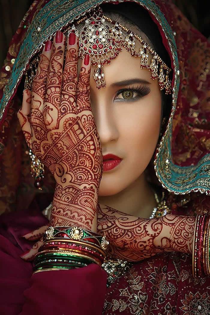 Portrait-Style Mehendi