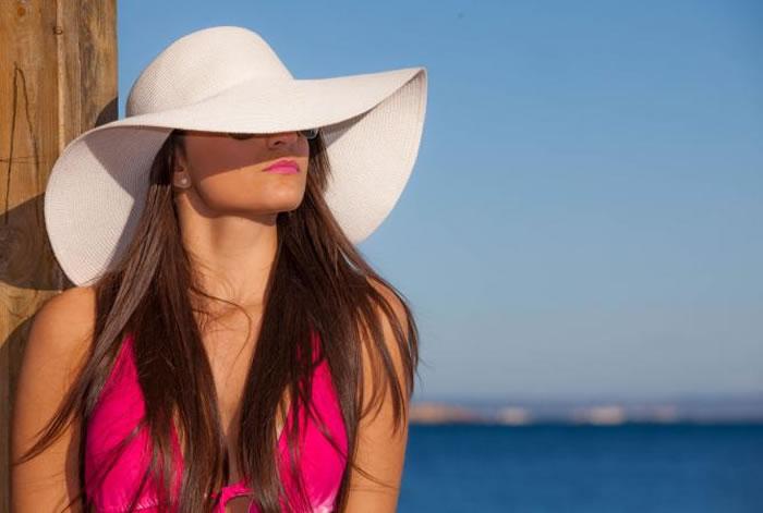 Removes dark spots and suntan