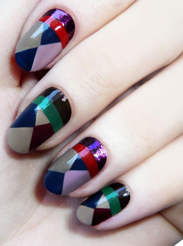Teensy Triangles Nails