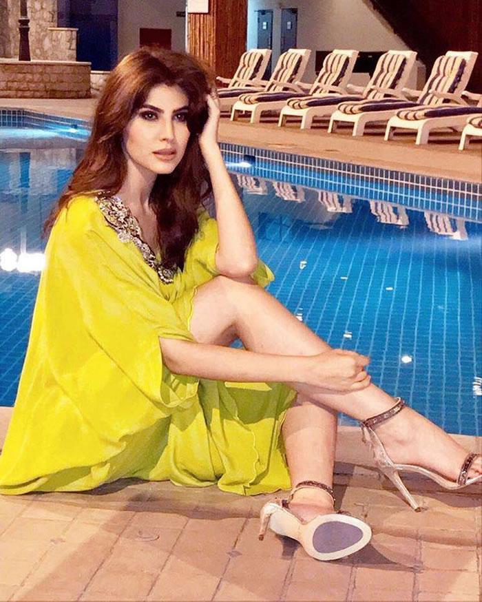 Naaz Norouzi Hot