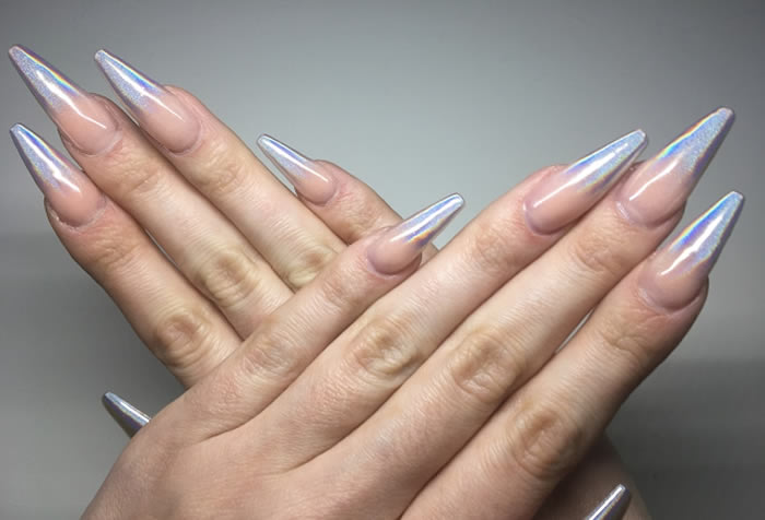 6 Trending Chrome Nail Polish Ideas You Can't Miss