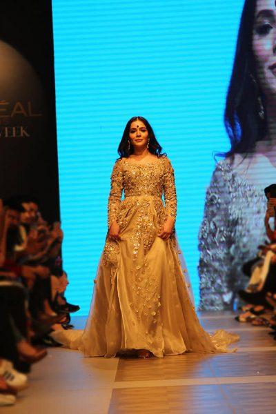 Humaima Malick wearing Shamsha Hashwani Dress
