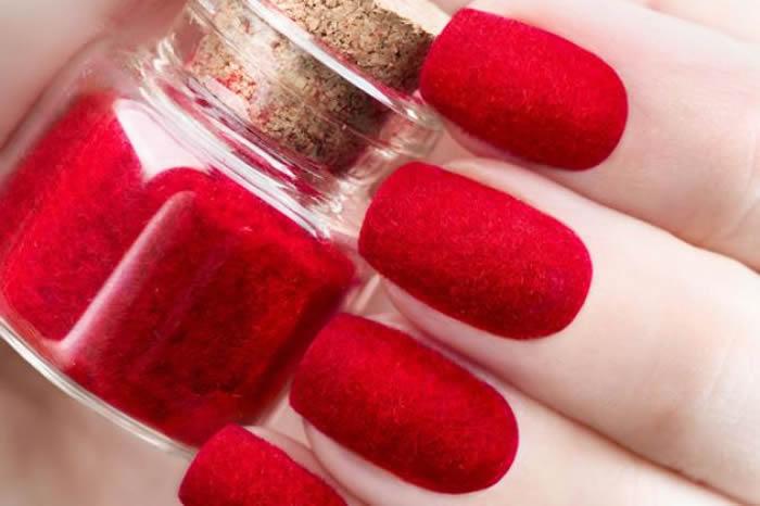 red dip powder nails