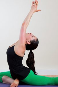 these simple yoga poses will help you loose post