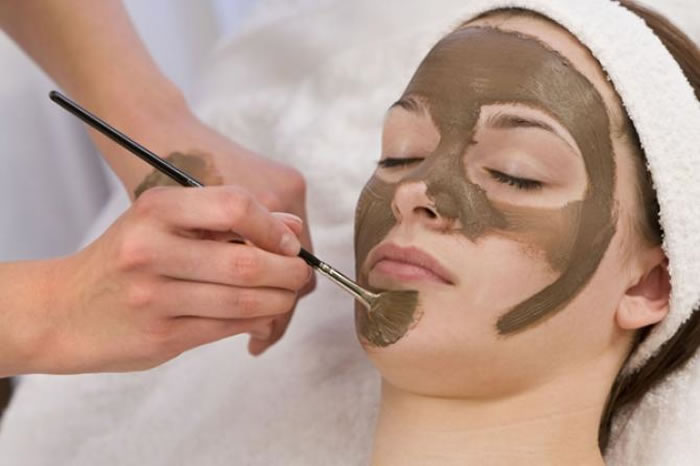 Bridal Beauty Treatments That Should NEVER Be Done Before Wedding Day