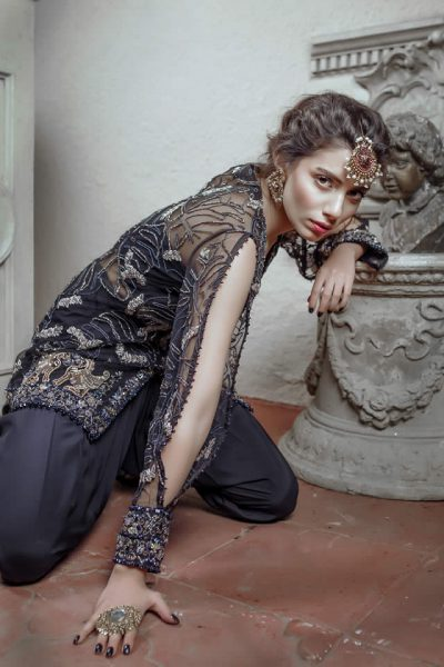 Hira Ali dress images