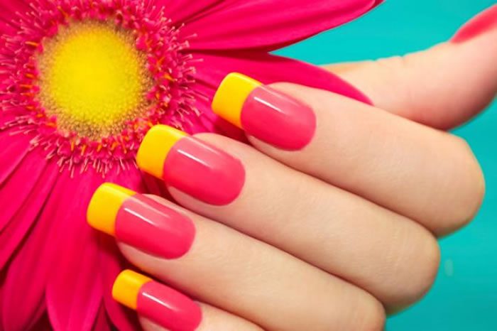 Gel Nail Art Or Acrylic Nail Art? Here's What You Need To Choose For Yourself!