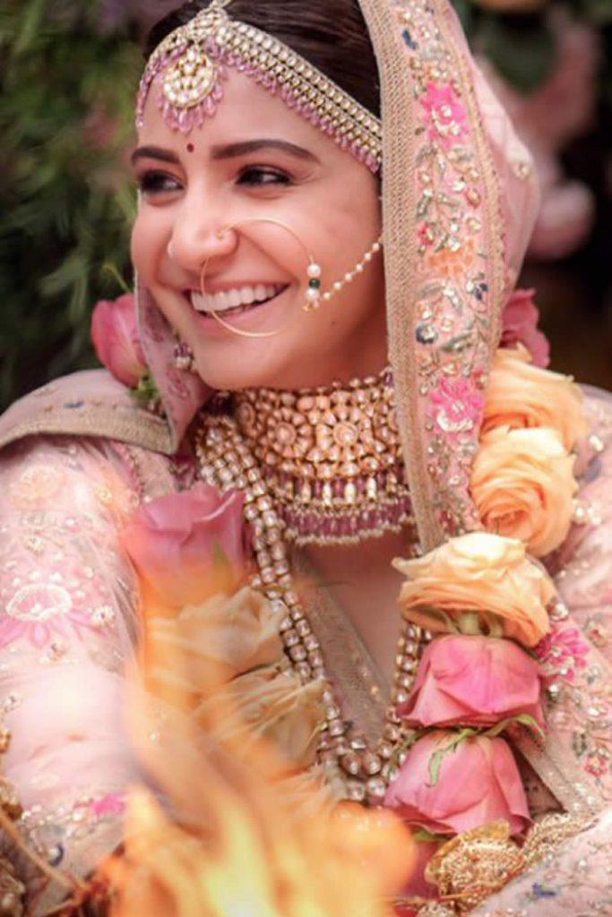 This Pakistani Designer S Dress Amp Anushka Sharma Bridal