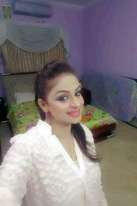 Nida Chaudhry images