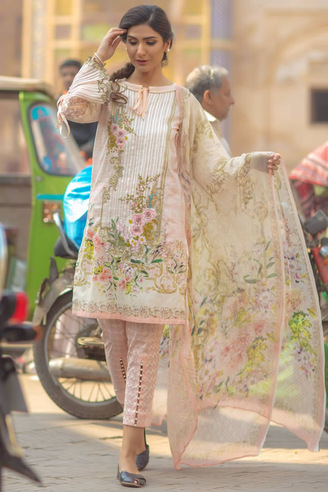 eaf7bb5f12c4 Firdous Spring Summer Lawn Collection 2018