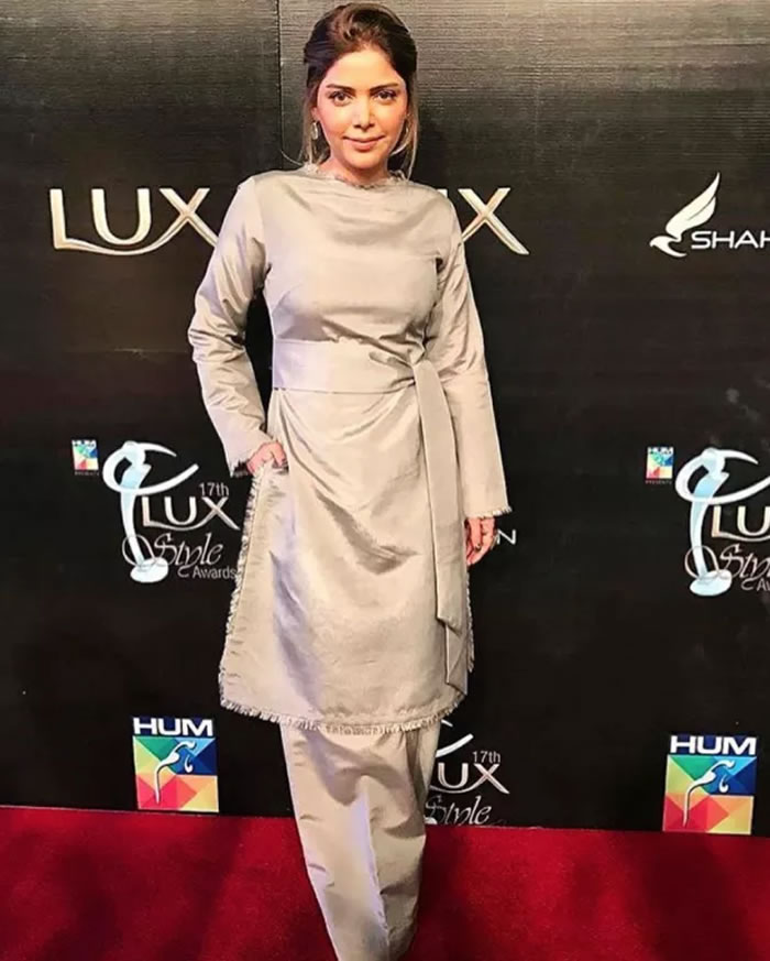 Hadiqa Kiani Lux Style Awards
