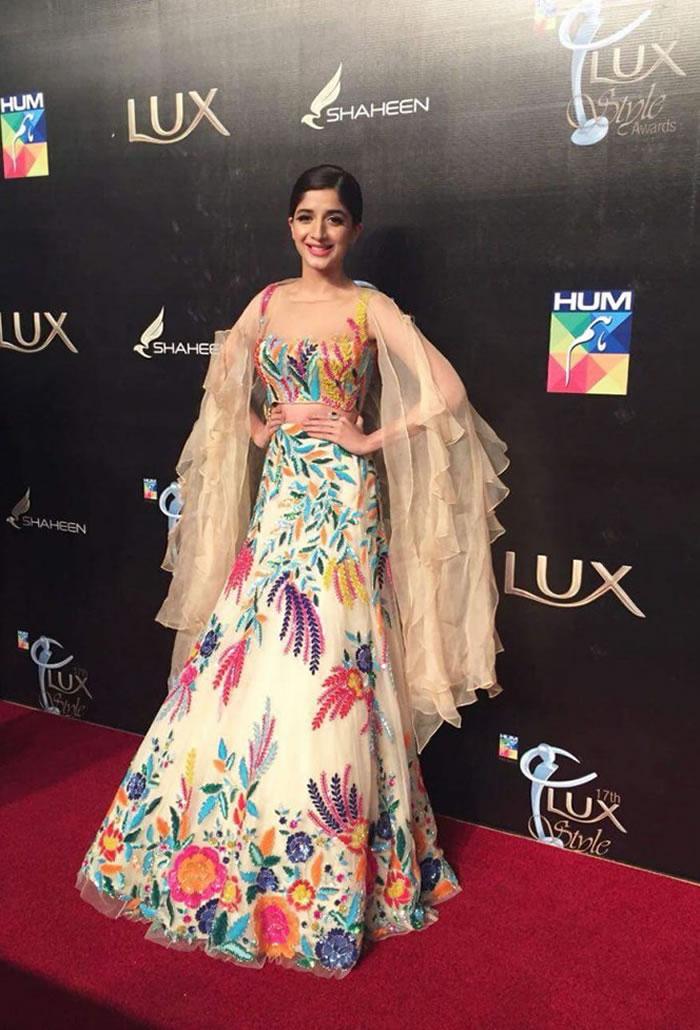 Mawra Hocane Lux Style Awards