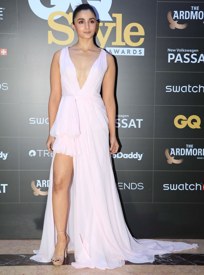 Alia Bhatt poses for the cameras on her arrival at the GQ Style Awards 2018 held at Taj Lands End in Mumbai