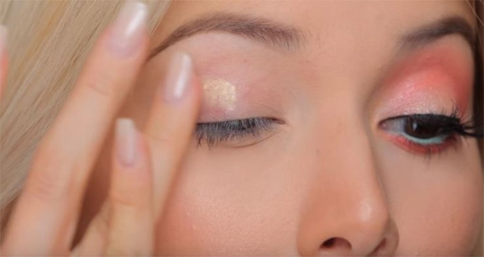 Prime Your Eyelids