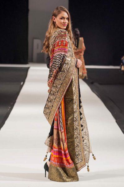 Komal Nasir Latest Collection