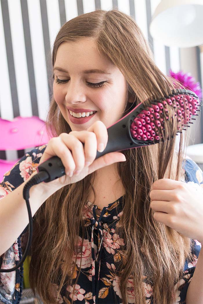 Natural Ways to Straighten Hair Without Chemicals