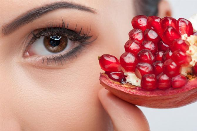7 Incredible Beauty Benefits Of Pomegranate For Skin, Hair, And Health